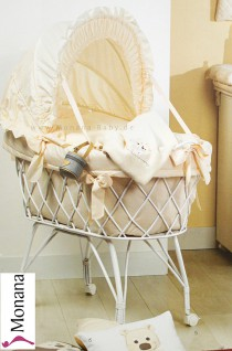 Picci crib with hood white Bibi cream fully garnished without bed linen <b>Ready for delivery